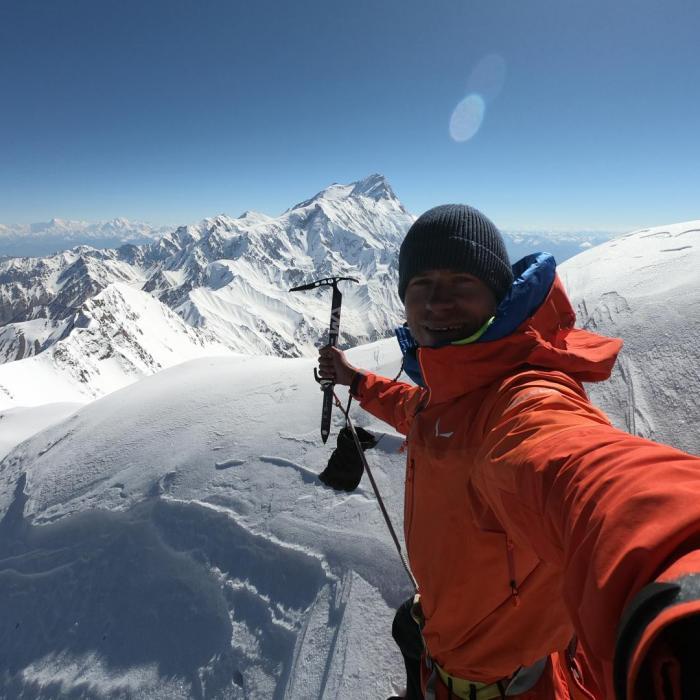 First ascent of Geshot Peak, 6.200m