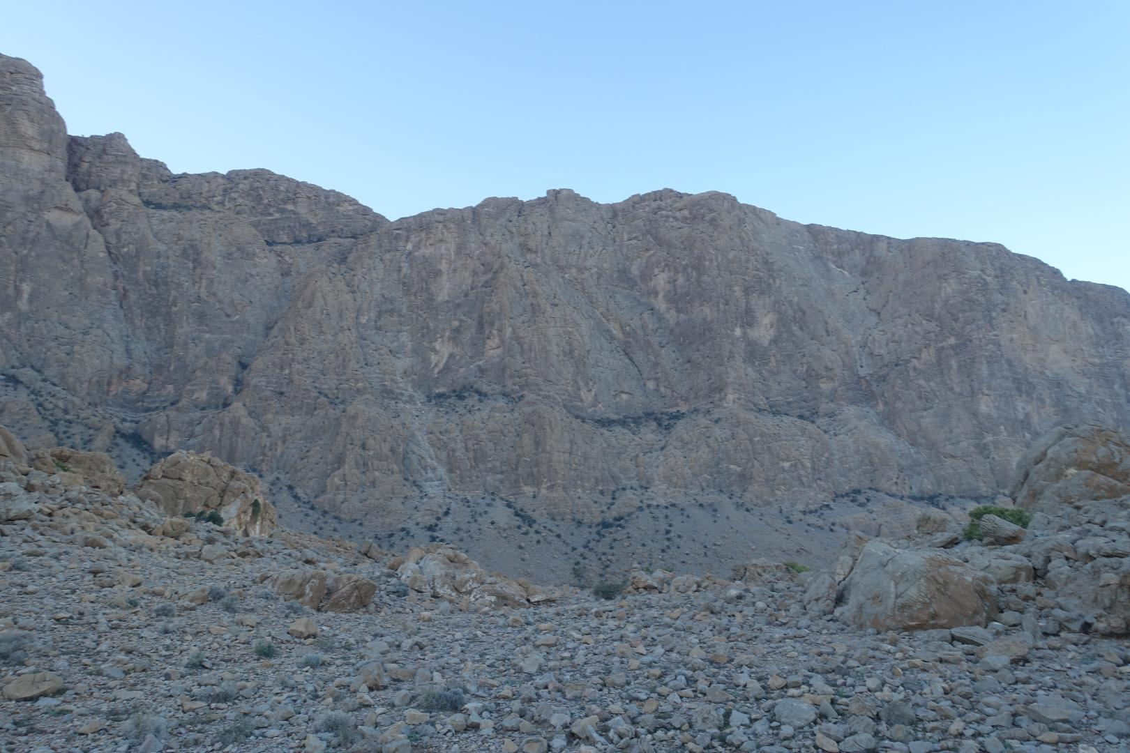 Climbing Routes on Jebel Kawr North (Oman) – an Overview